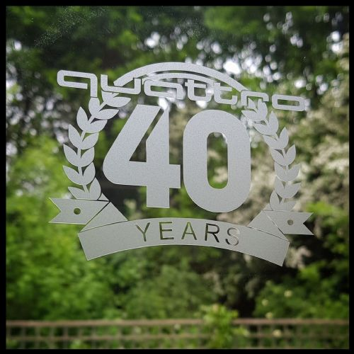 Quattro 40th Anniversary (Frosted Glass)